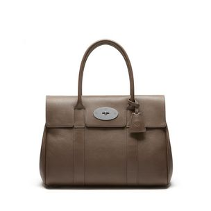 bayswater-taupe-small-classic-grain