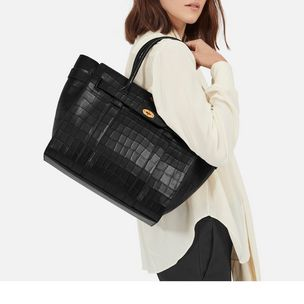 zipped-bayswater-black-deep-embossed-croc-print