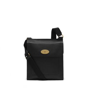 new-antony-messenger-black-small-classic-grain