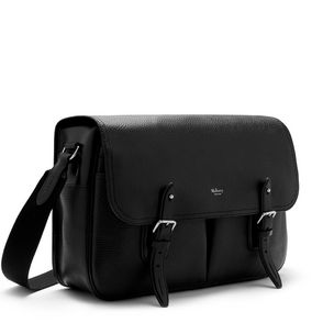 heritage-messenger-black-natural-grain-leather