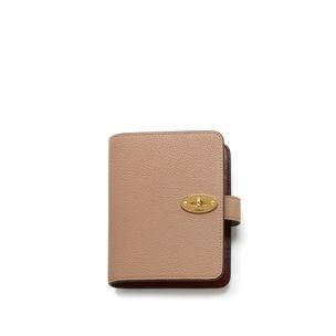 postman-s-pocket-book-rosewater-small-classic-grain