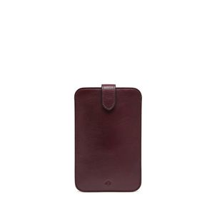 smartphone-cover-oxblood-coloured-natural-leather