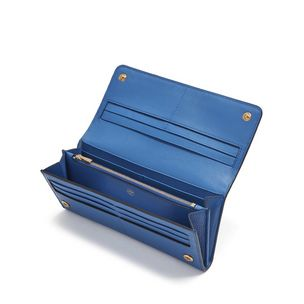 continental-wallet-porcelain-blue-small-classic-grain