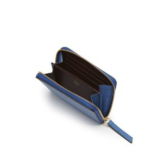 small-zip-around-purse-porcelain-blue-small-classic-grain
