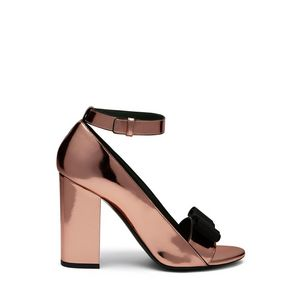 bow-sandal-peach-mirror-metallic
