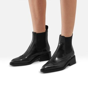 oxford-chelsea-boot-black-polished-calf