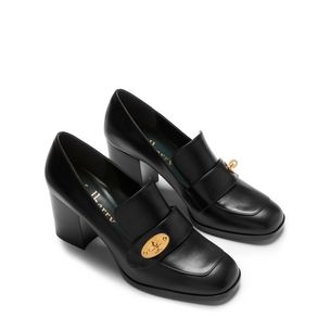 lock-pump-black-flat-calf