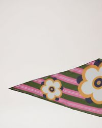 floral-stripe-diamond-scarf