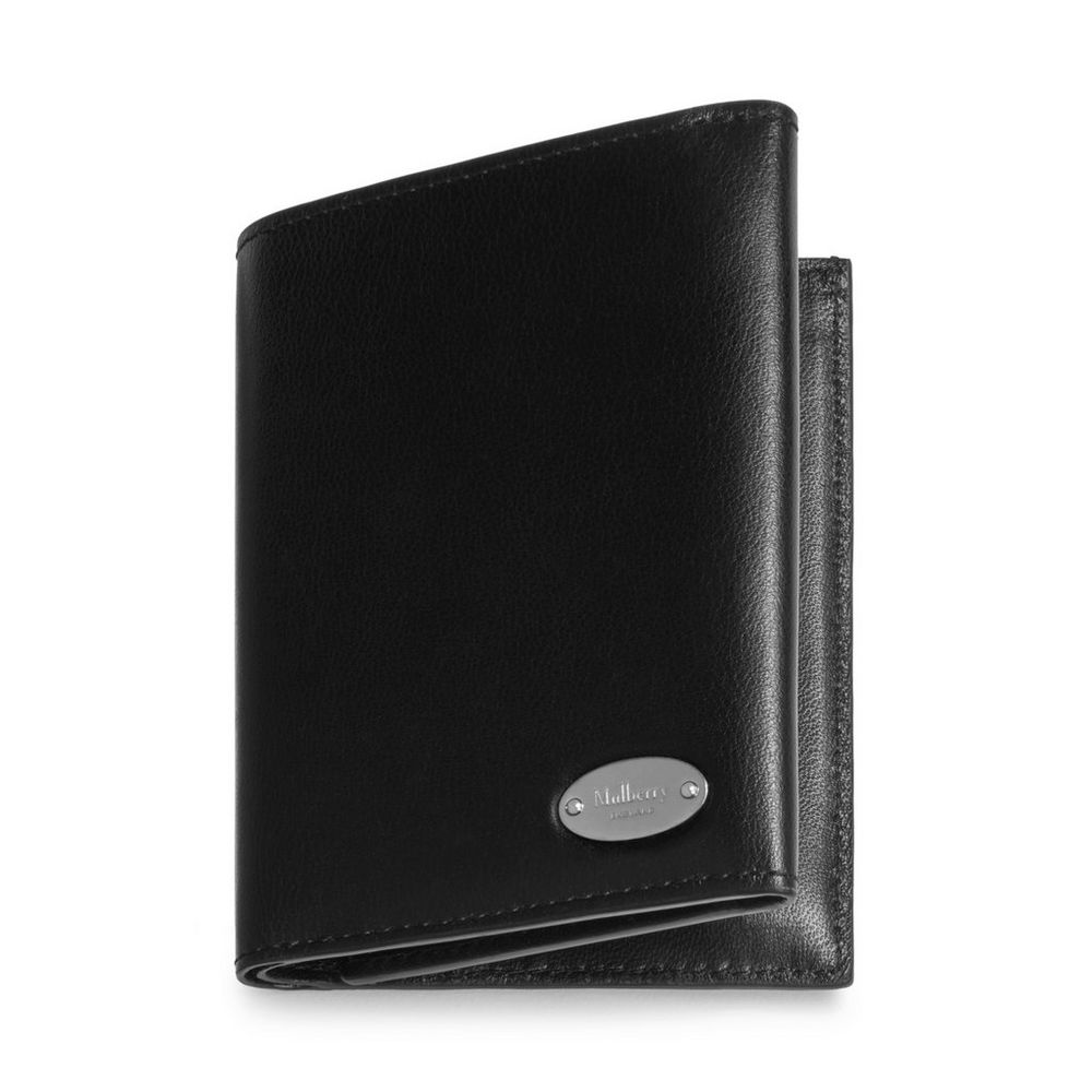 oval-plaque-trifold-wallet