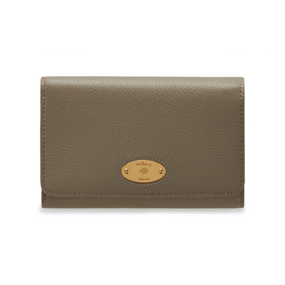 mulberry-plaque-medium-french-purse